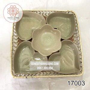 17003-khay-dung-banh-keo-tet-bang-su-bat-trang_result