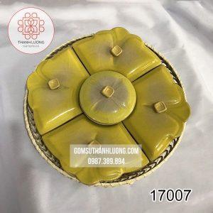 17007-khay-dung-mut-tet-bang-gom-su-bat-trang_result